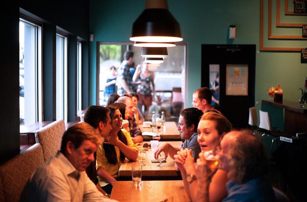 Marketing zapachowy w Twojej restauracji – aromamarketing