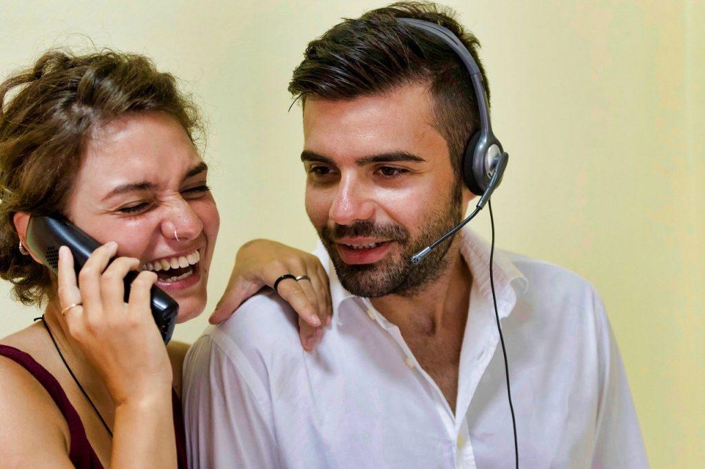 W jaki sposób zdobyć zaufanie klienta? Poradnik dla osób pracujących w call center